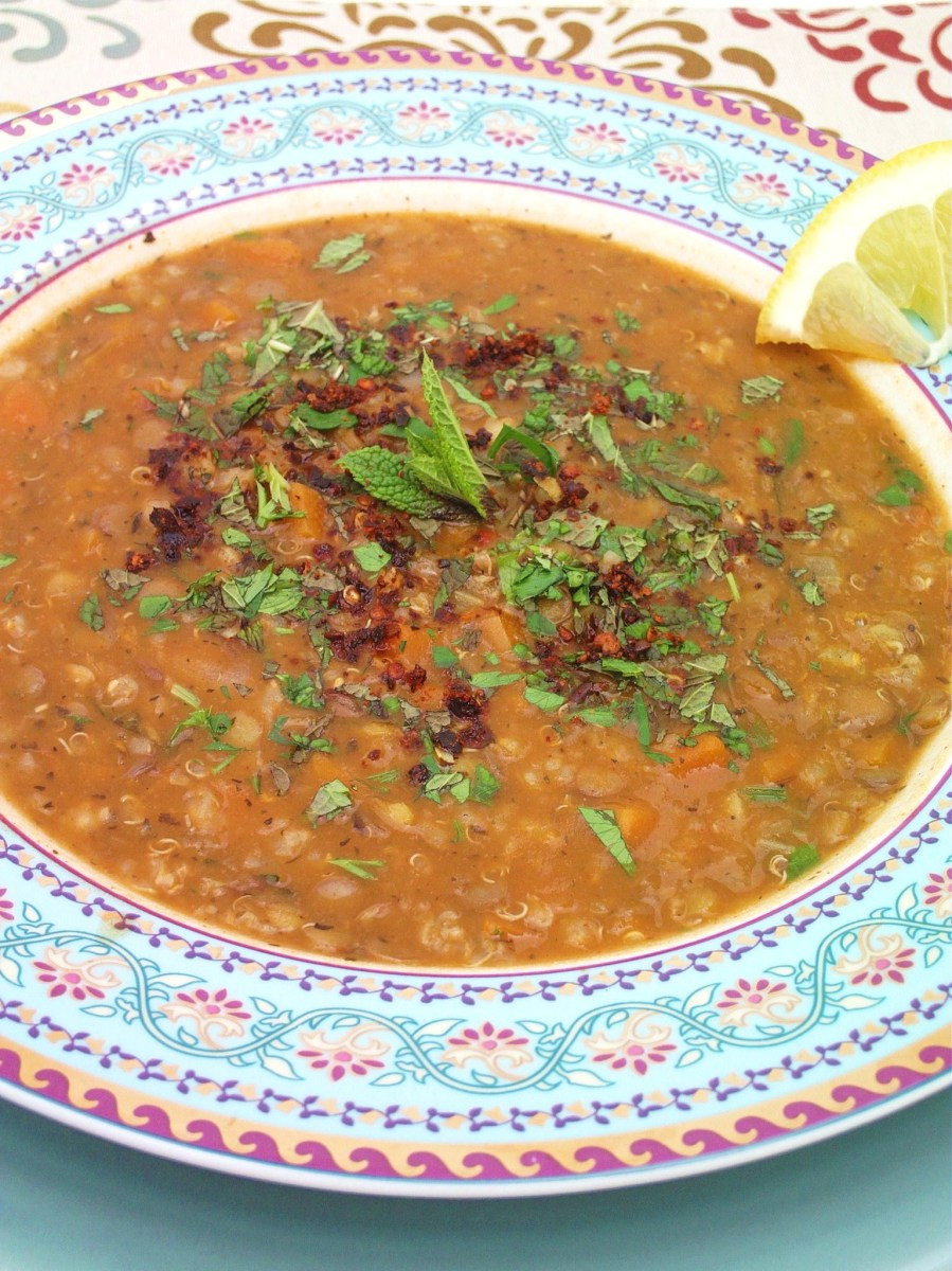 Ezogelin- Turkish Red Lentil Soup with Mint and Sumac
