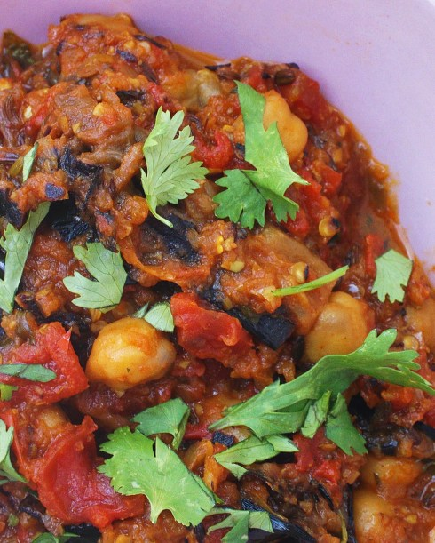 how to cook canned chickpeas curry