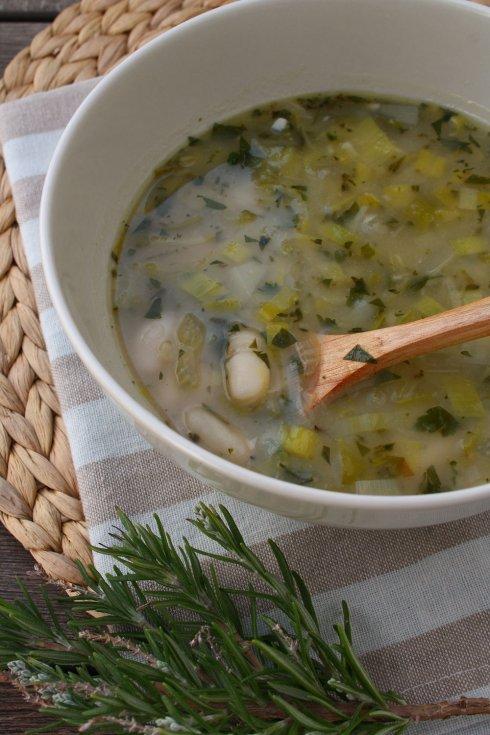 Leek & White Bean Soup