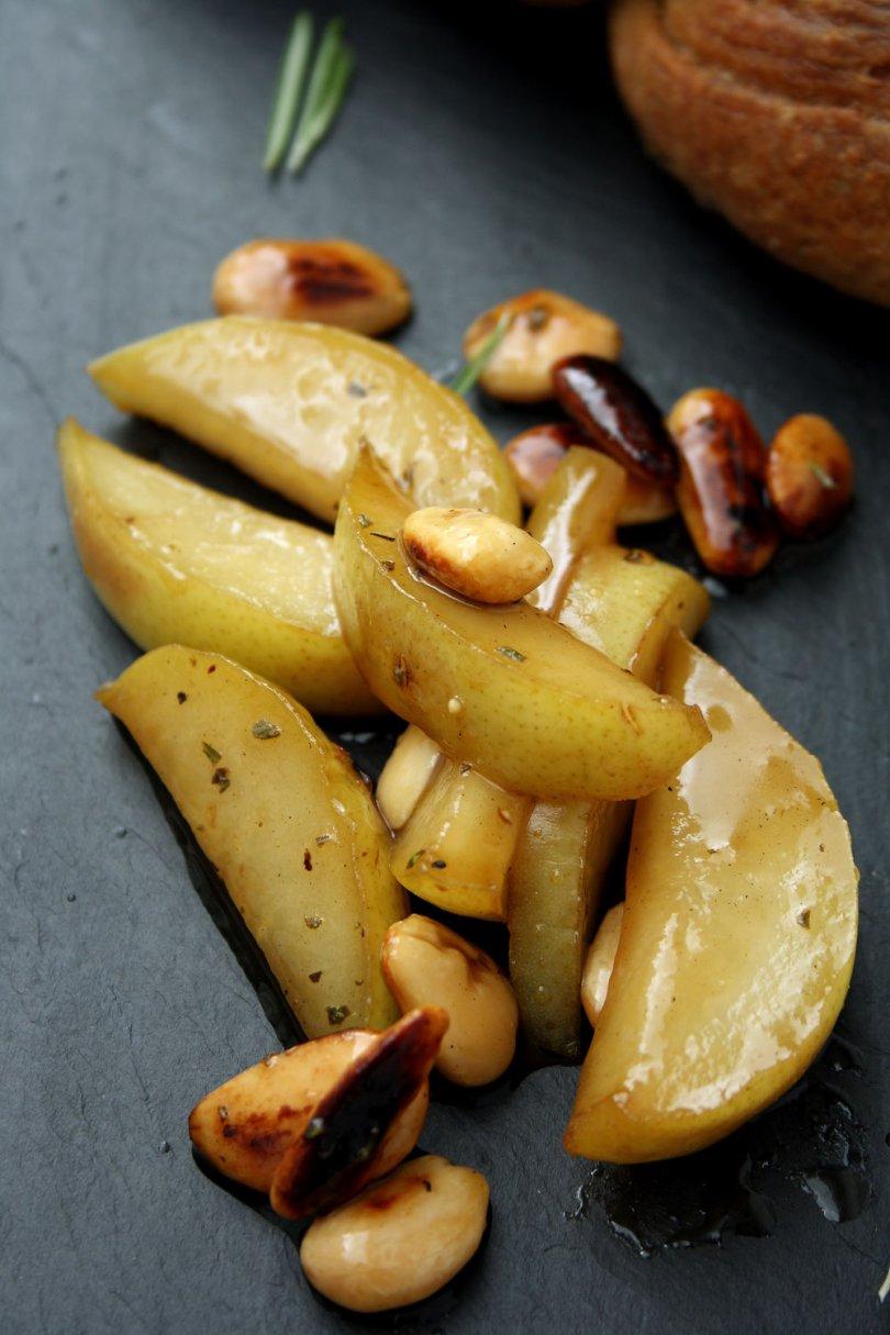 Honey Glazed Pear & Almonds