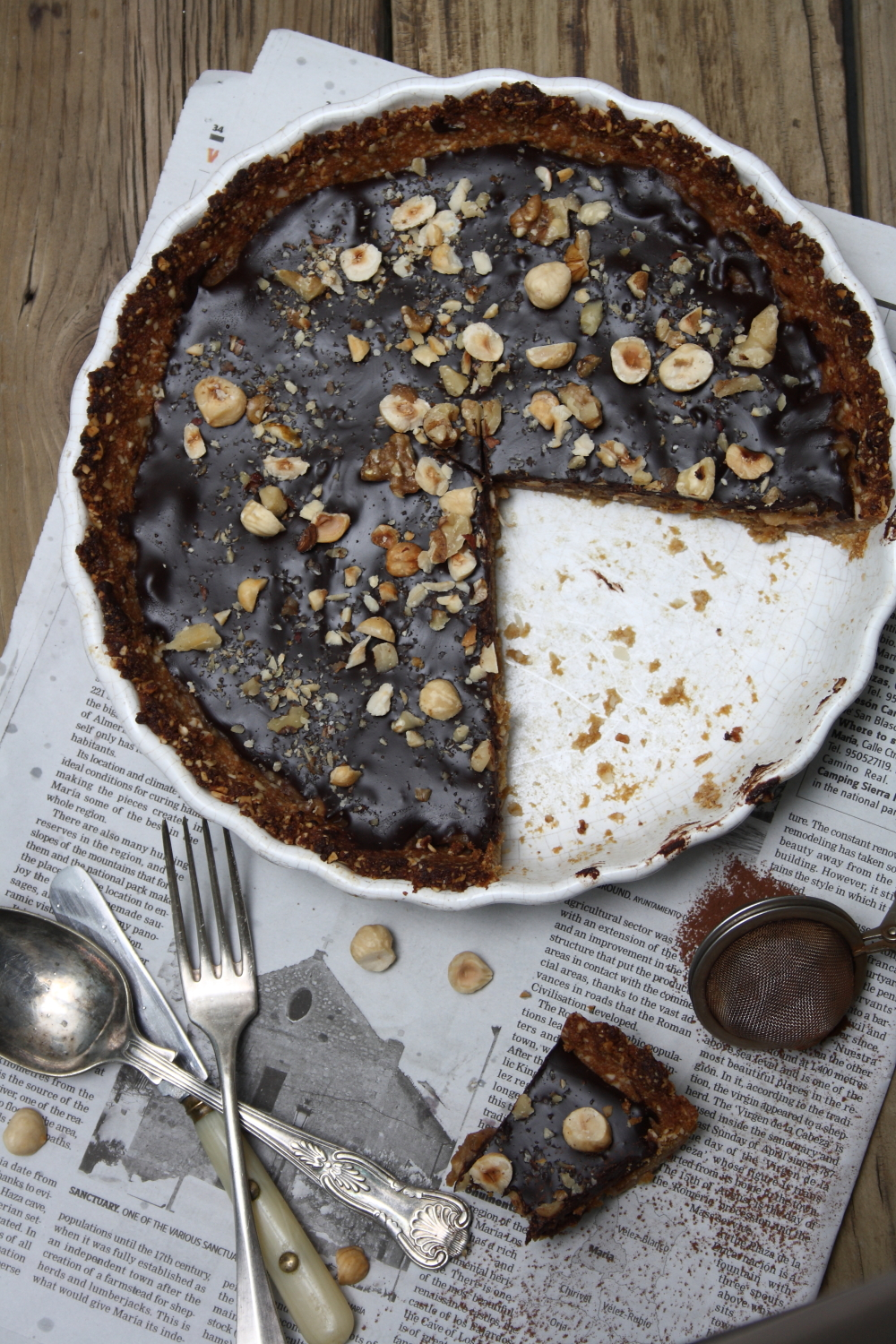 ... almonds chocolate hazelnut date caramel tart with ground almond crust
