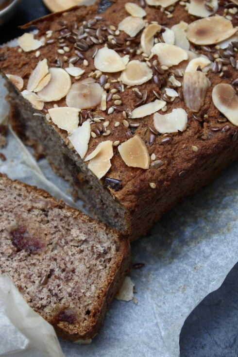 Vegan Banana Bread with Dates and Almonds